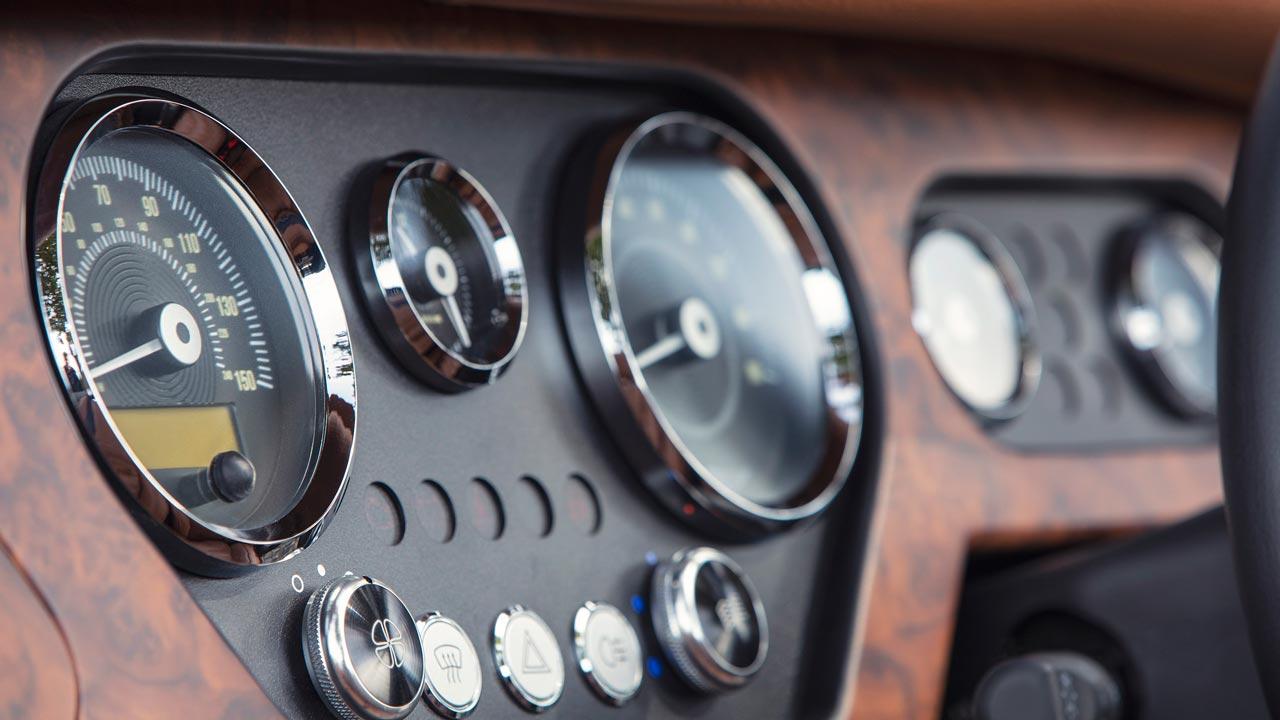 2019 Morgan Plus 4 Anniversary 110 Model Clocks