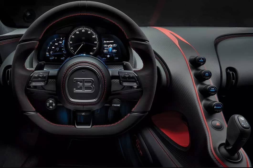 Chiron Sport Steering Wheel and Cockpit